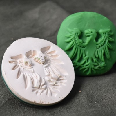 137: Heraldic Eagle Cookie Stamp