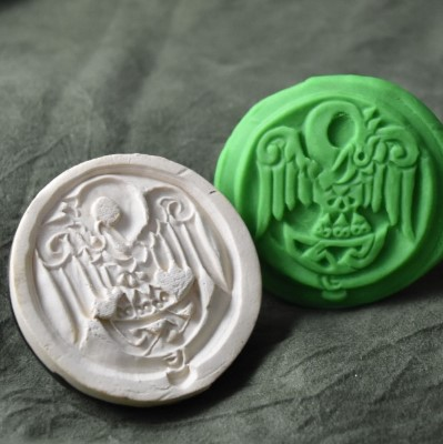 054: Pelican Knight Cookie Stamp