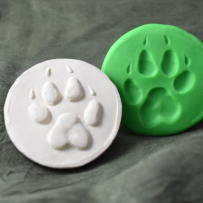 125: Wolf Paw Print Cookie Stamp